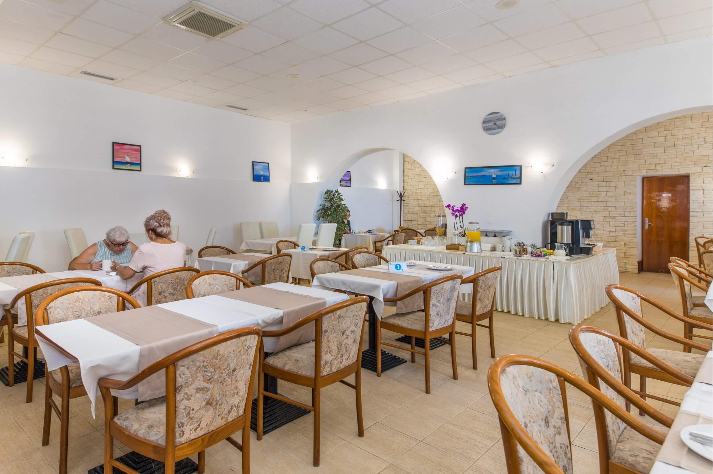 Hotel-Riva-Brist-1